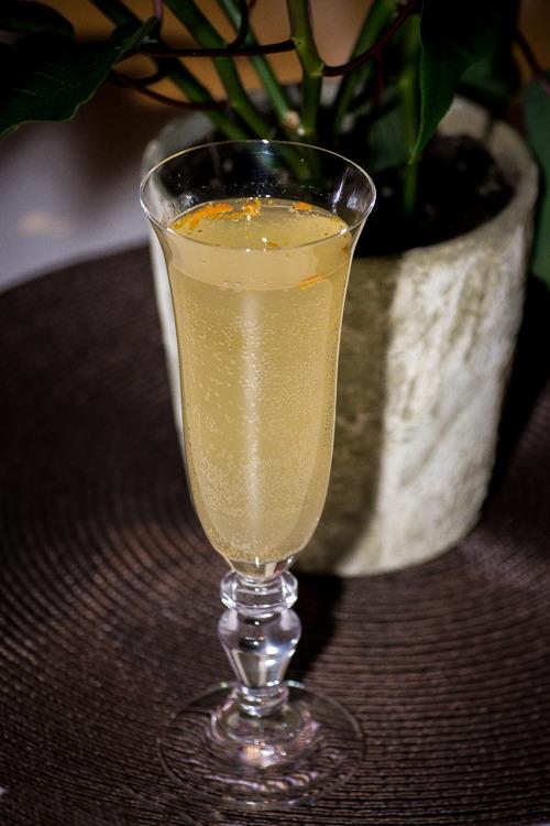 recette soupe de champagne ou champenoise un cocktail. Black Bedroom Furniture Sets. Home Design Ideas