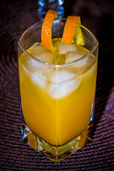 Screwdriver (vodka orange)